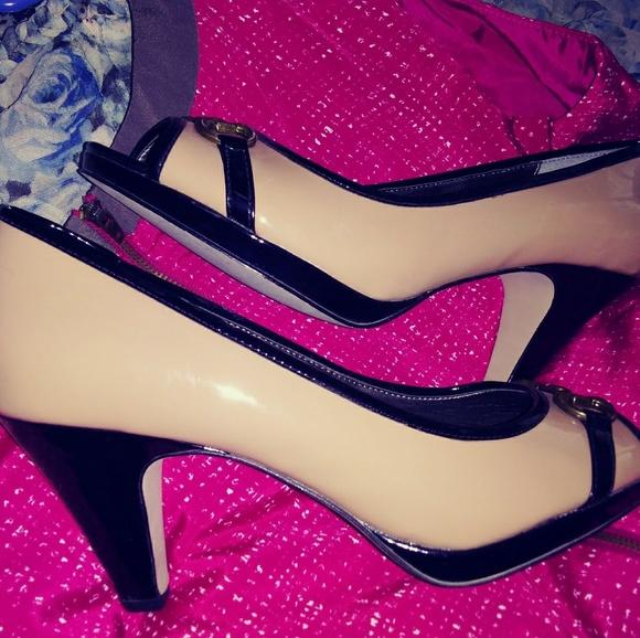 Anne Klein Shoes - Anne Klein peep-toe platform heel